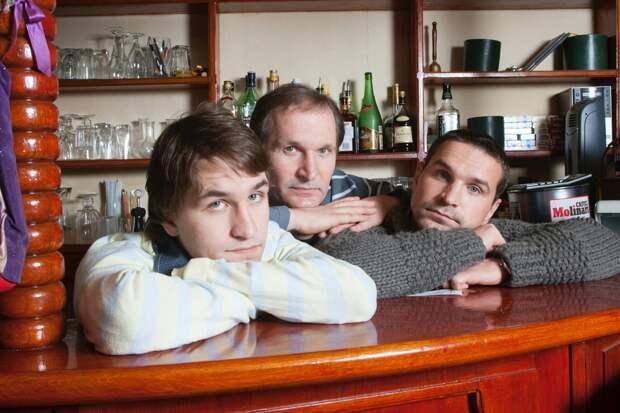 Федор Добронравов с сыновьями