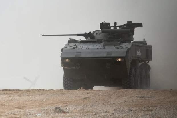 """На базе """"Бумеранга"""" может быть создан колесный танк"""