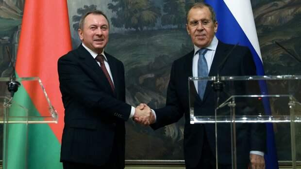 Белоруссию, как и Югославию, могли бы разгромить за несколько дней