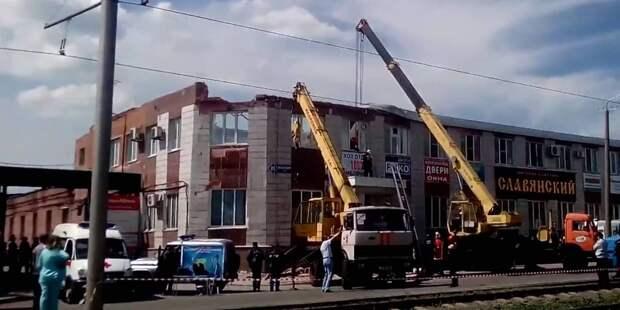 Доступ к зданию в Кузбассе, где обрушилась кровля, ограничен