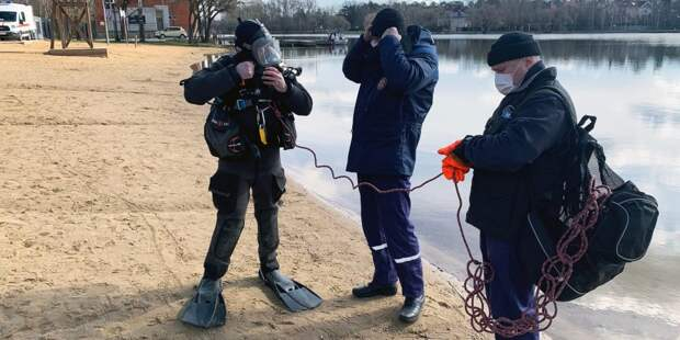 Водолазы обследовали все водоемы московских зон отдыха с купанием
