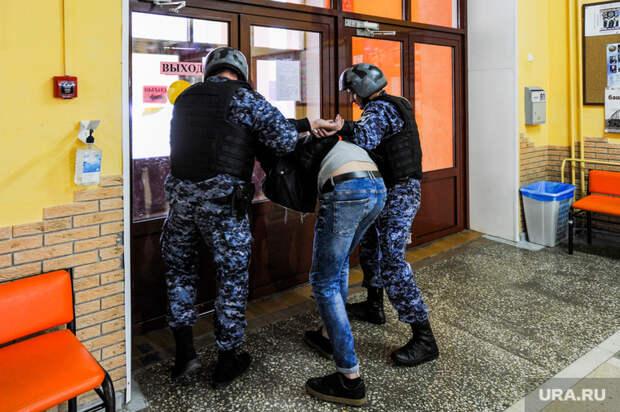 ФСБ задержала челябинского неонациста синструкциями ктерактам