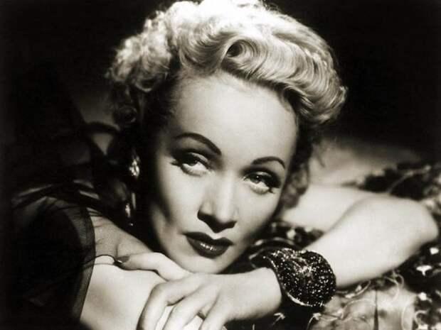 22 самые красивые женщины XX века. Пикантные снимки, от которых никак не оторваться!