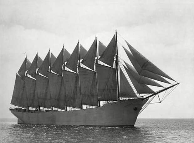Шхуна Thomas U. Lousson была единственным в истории 7-мачтовым парусным судном / Фото: en.wikipedia.org