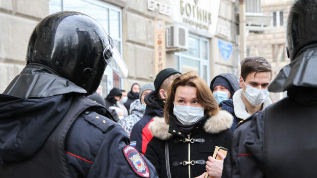 Протест в поисках жертв - митинги в России строятся на обмане. Прямая трансляция
