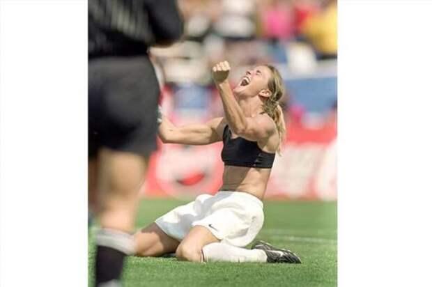История одного момента, которое занимает значимое место в мире спорта (5 фото)