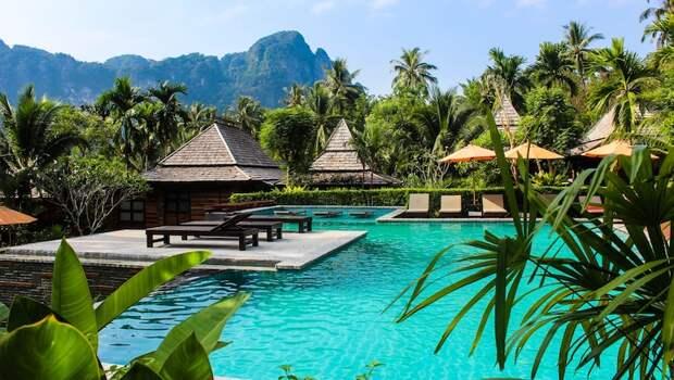 Американцу грозят 2 года тюрьмы из-за негативного отзыва на отель в Таиланде