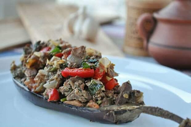 Куриная печень с кабачками: легко, быстро и дешево!