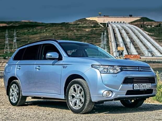 Тест Mitsubishi Outlander PHEV: как японцы ГОЭЛРО выполняют