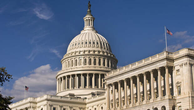 Здание американского Сената в Вашингтоне, архивное фото