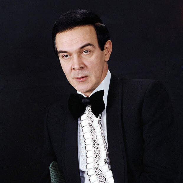 Кумир под запретом: самые яркие моменты из жизни певца Муслима Магомаева