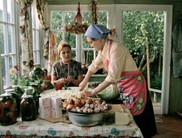 В СССР ели мясо почти даром, а деликатесную рыбу скармливали котам. Это правда или миф?