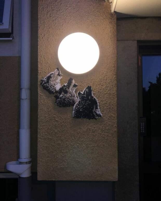 Художник оживляет серые и скучные локации пиксельным искусством