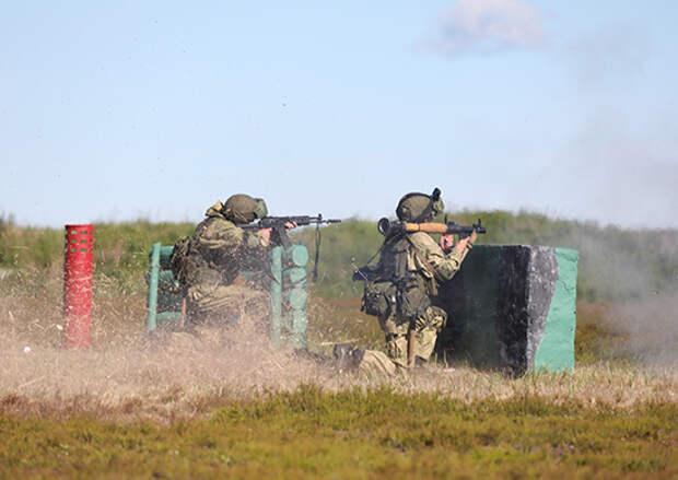 В Ленинградской области с командным составом ЗВО проведены занятия по ведению боевых действий с учётом опыта современных вооружённых конфликтов