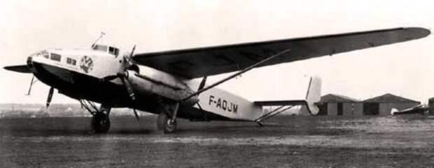 Изначально почтовый самолет