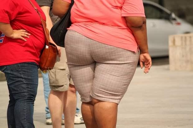 Женщина сбросила почти центнер живого веса после стыда в самолете