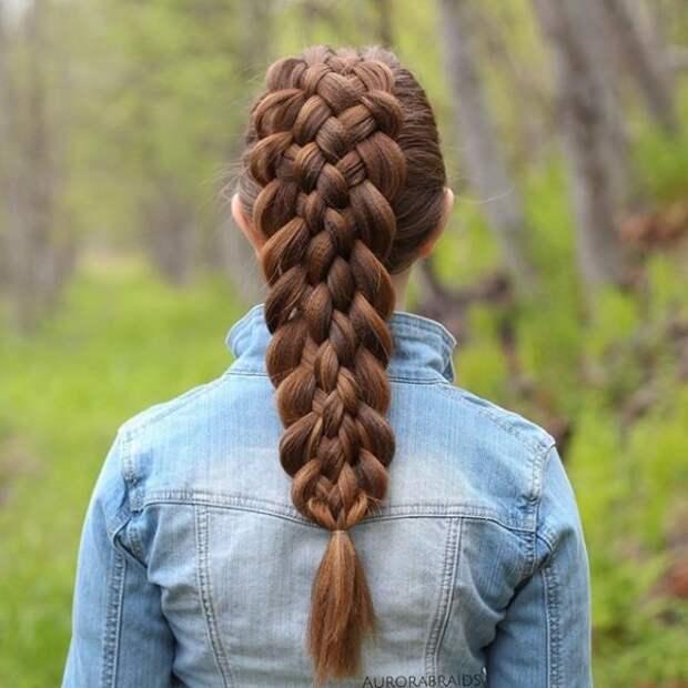 30.  косы, сестры