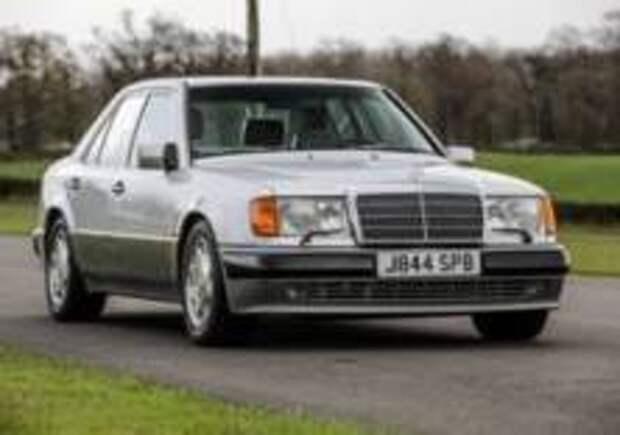 «Мистер Бин» продает свой Mercedes