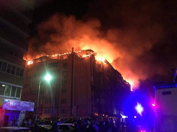 При пожаре на Российской в Краснодаре пострадали 64 квартиры