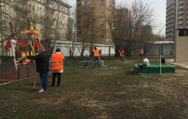 Личное: Во время субботника в Беговом вывезли более 2 тыс. куб. м мусора