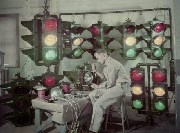 Изготовление светофоров, Луизиана, 1947 ретро фото, фотт, это интересно