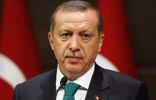 Эрдоган назвал исторической ошибкой ставку на Хафтара