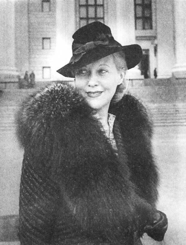 Любимая актриса Сталина: Почему самая красивая кинодива 30-х Любовь Орлова ненавидела генсека