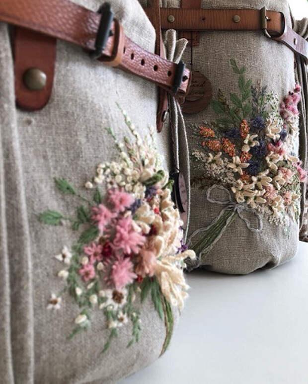 Очень милые и нежные сумки, украшенные изящной вышивкой