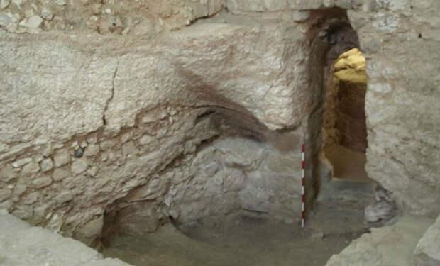 Археолог утверждает, что нашел дом Иисуса Христа. 5 фото строения