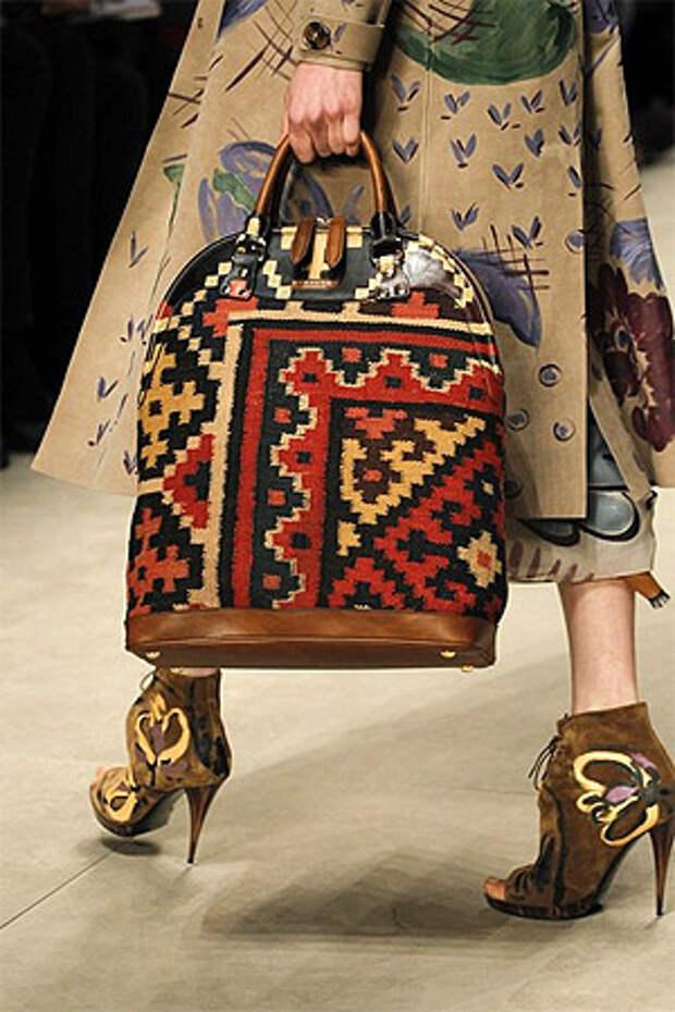 Сочетание сумки с одеждой (фото)