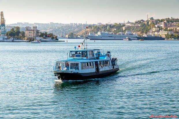 Пассажирские катера в Севастополе будут брать на борт не более 60 пассажиров