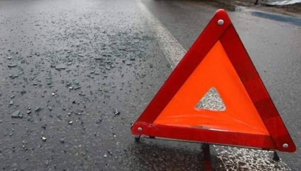 В тройном столкновении автомобилей в Подольске пострадал один человек