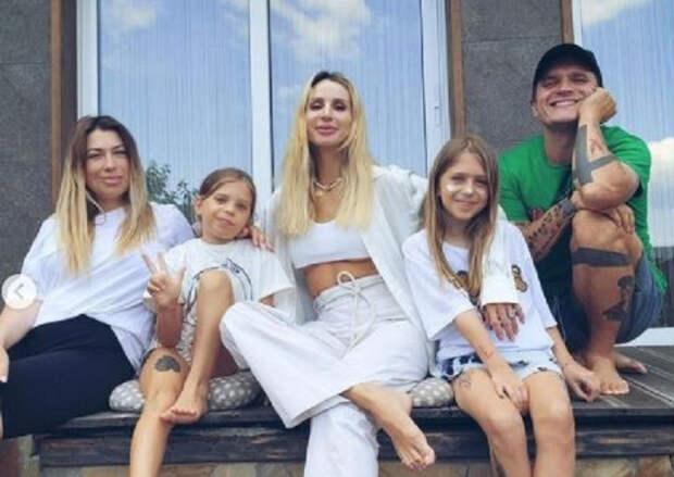 Певица Светлана Лобода заявила, что задумалась о рождении третьего ребенка