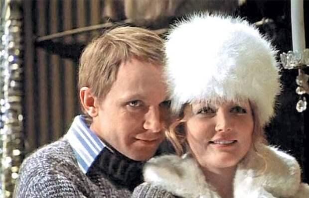 Кадр из фильма *Ирония судьбы, или С легким паром!*, 1975 | Фото: tele.ru