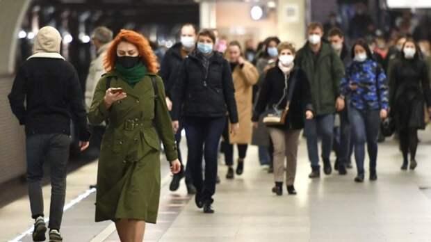 Периоды максимальной заразности больных коронавирусом назвали в Роспотребнадзоре.