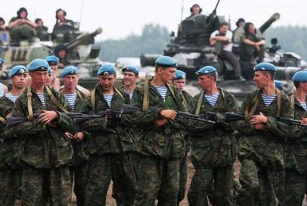 Украинская разведка назвала численность войск РФ у границ Украины