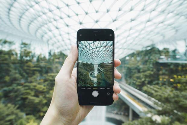 Владельцы нового iPhone 12 пожаловались на неожиданную проблему