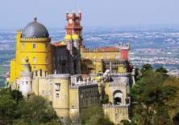 Синтра - один из самых посещаемых городов в Португалии