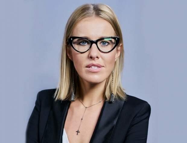 Матери Ксении Собчак стыдно за свою скандальную дочь