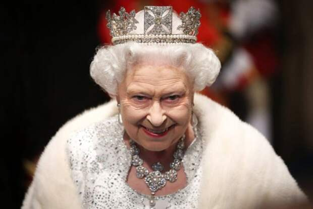 Елизавета II нашла способ убрать Меган Маркл подальше