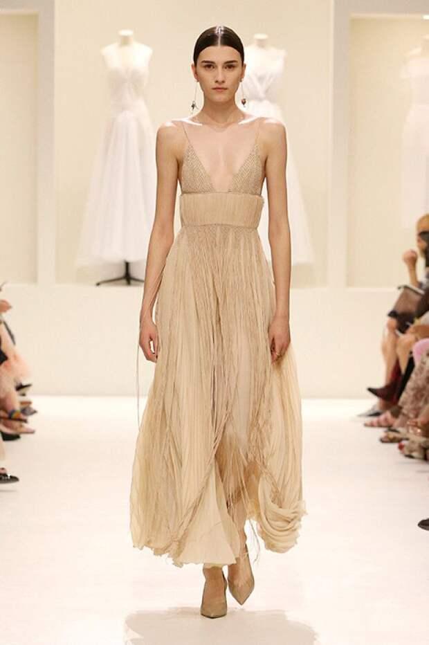 Самая красивая коллекция платьев Dior О них мечтает каждая девушка