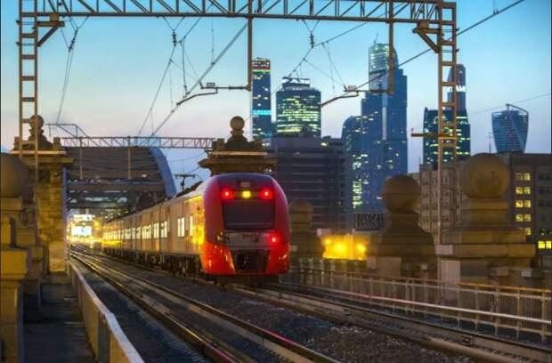 Перевозки пассажиров на сети РЖД в ноябре сократились на 28,4%