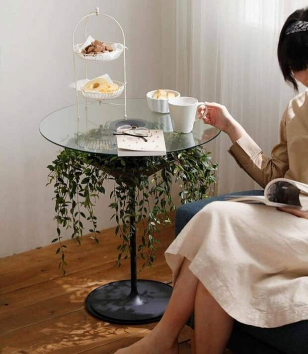 Столик под цветок