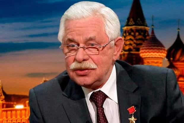 Герой Советского Союза Руцкой рассказал о поведении Ельцина во время августовского путча 1991 года