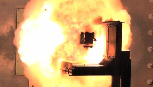Рельсотрон - оружие будущего: в США продемонстрировали возможности новой пушки