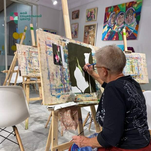 Для пенсионеров из Марьиной рощи открылись занятия по художественной грамотности
