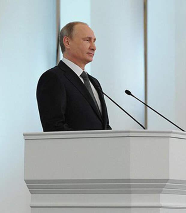 В день оглашения президентского послания ЦБ потратил 1,9 млрд долларов на поддержку рубля. Помогло слабо