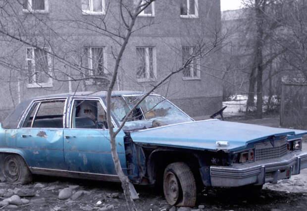 Внимательный водитель, забывший, где припарковал автомобиль, нашел его через 20 лет!