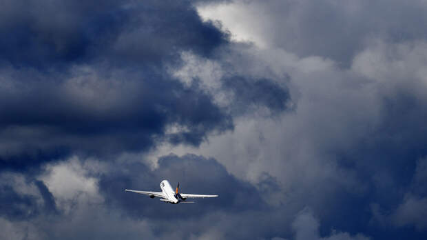 Правительство России потребовало прекратить авиасообщение полностью. Есть одно исключение