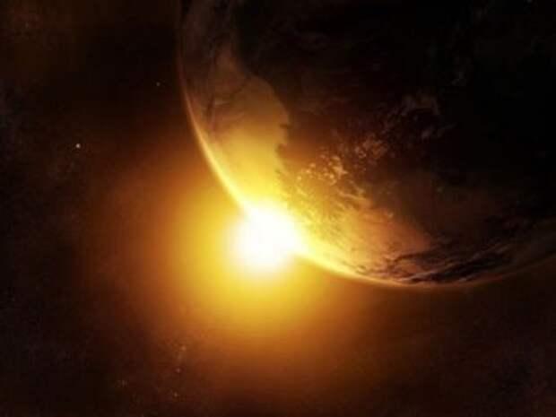 """Учёные: рано или поздно Земля """"упадёт"""" на Солнце"""
